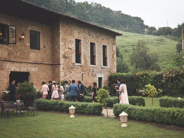 La boda de Piers y Marta en Grado, Asturias 17
