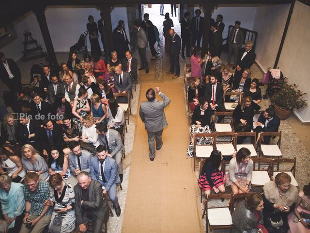 La boda de Piers y Marta en Grado, Asturias 18