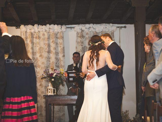 La boda de Piers y Marta en Grado, Asturias 32