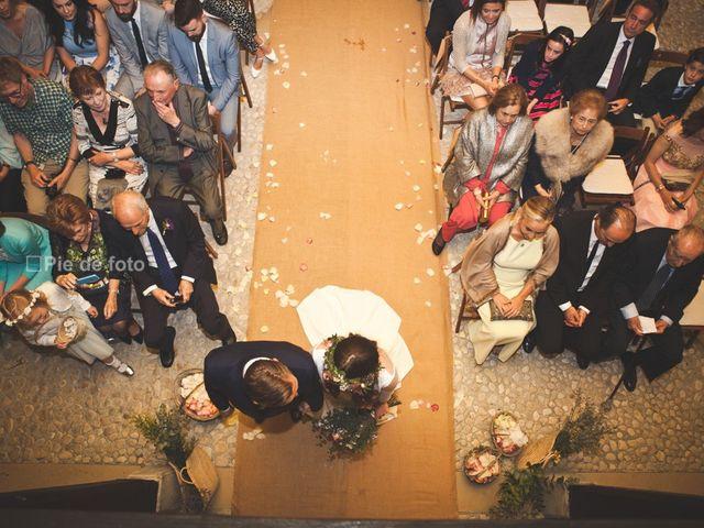 La boda de Piers y Marta en Grado, Asturias 33