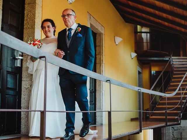 La boda de Javi y Cris en Ferrol, A Coruña 25