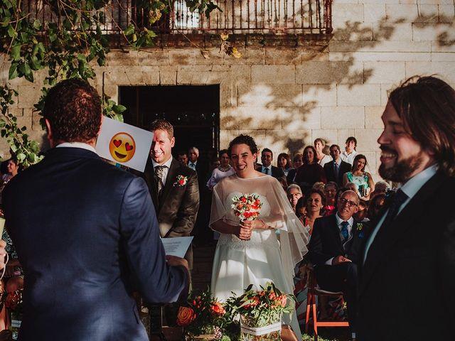 La boda de Javi y Cris en Ferrol, A Coruña 33