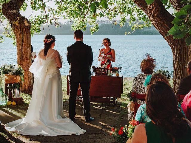 La boda de Javi y Cris en Ferrol, A Coruña 35