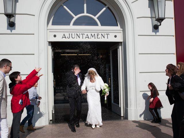 La boda de Agapito y Maria Jesús en Santa Coloma De Gramenet, Barcelona 17