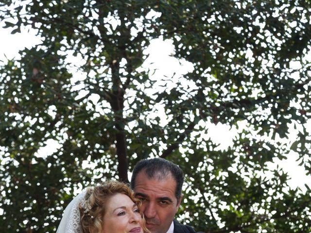 La boda de Agapito y Maria Jesús en Santa Coloma De Gramenet, Barcelona 20