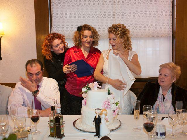 La boda de Agapito y Maria Jesús en Santa Coloma De Gramenet, Barcelona 25