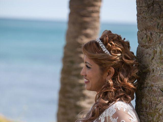 La boda de Hanspeter y Maritza en Torrevieja, Alicante 16