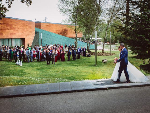 La boda de Iván y Alba en Oviedo, Asturias 15