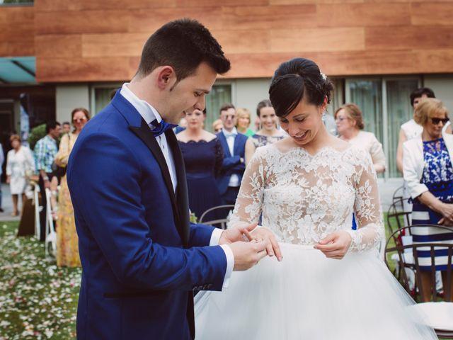 La boda de Iván y Alba en Oviedo, Asturias 17