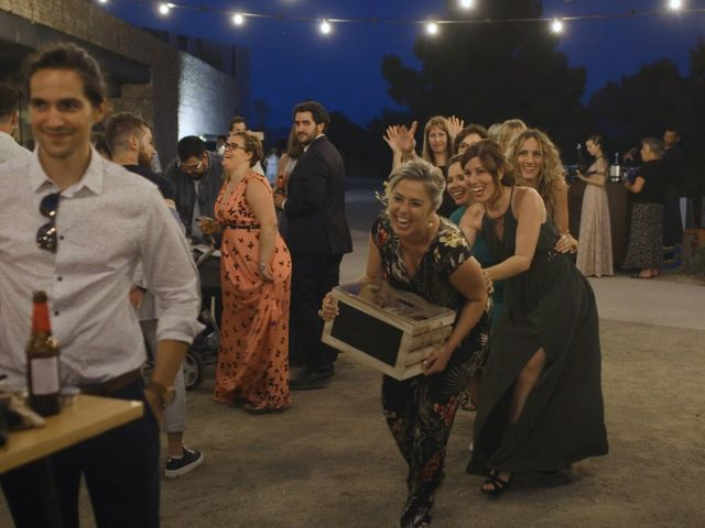 La boda de Toni y Heura en Gandesa, Tarragona 15