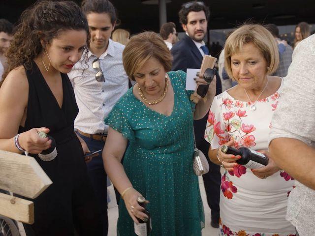 La boda de Toni y Heura en Gandesa, Tarragona 18
