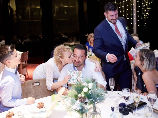 La boda de Guillermo y Eva en Zaragoza, Zaragoza 171