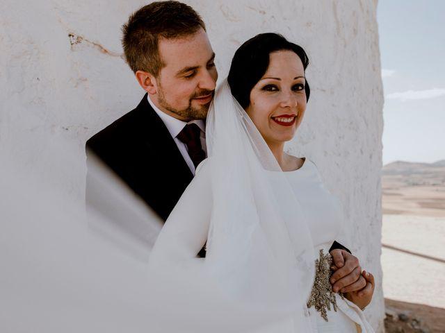 La boda de Esmeralda y José Antonio