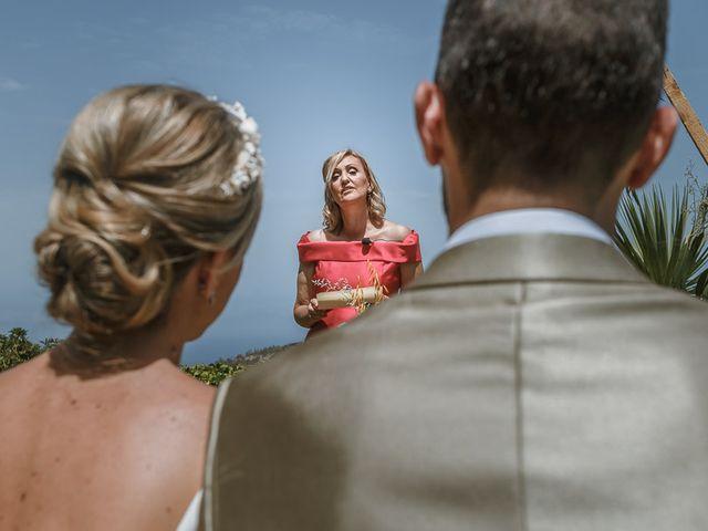 La boda de Santi y Carol en La Orotava, Santa Cruz de Tenerife 36