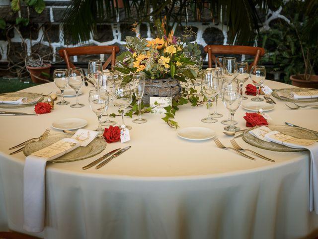 La boda de Santi y Carol en La Orotava, Santa Cruz de Tenerife 60