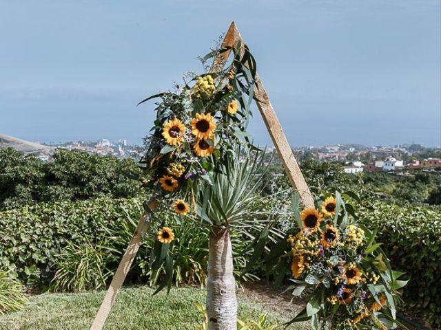 La boda de Santi y Carol en La Orotava, Santa Cruz de Tenerife 66