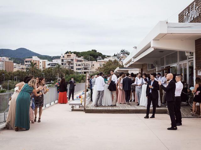 La boda de Ruben y Desirée en Arenys De Mar, Barcelona 27