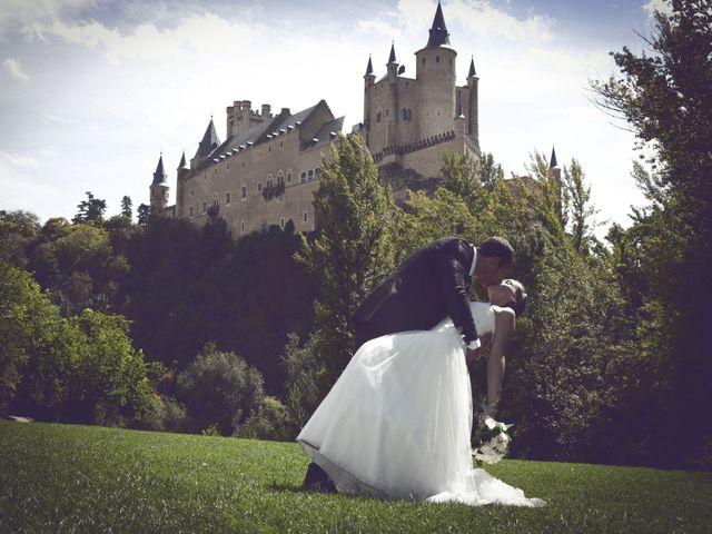 La boda de Samuel y Adriana en Segovia, Segovia 35