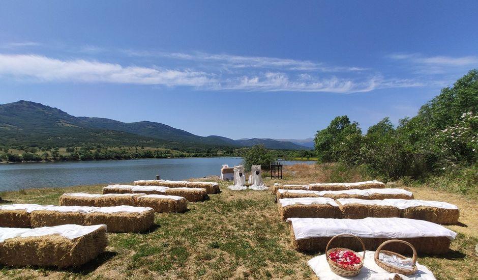 La boda de Alejandro y Noenma en Pinilla Del Valle, Madrid
