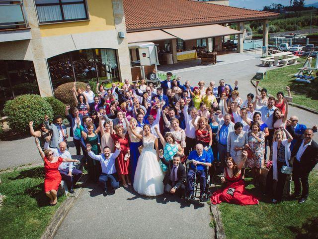 La boda de Ivan y Jenny en Infiesto, Asturias 23