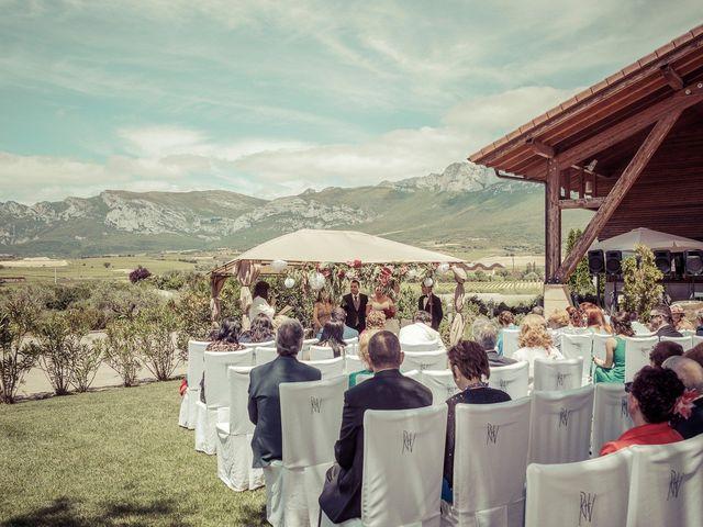 La boda de Alex y Tamara en Laguardia, Álava 14