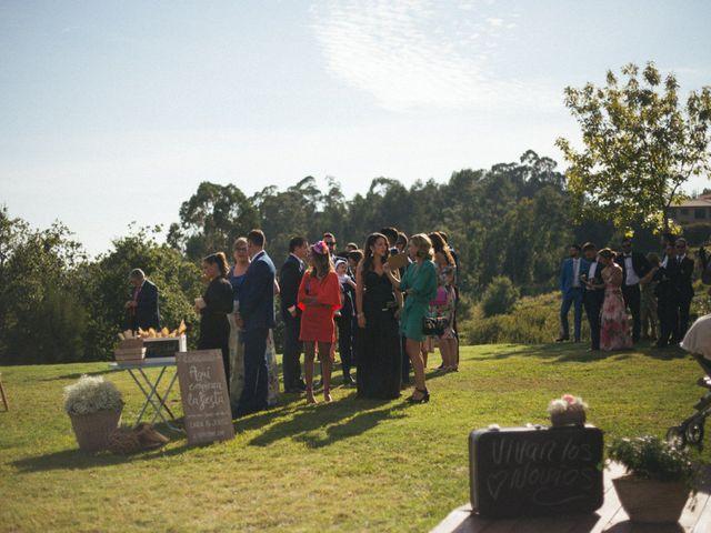 La boda de Jorge y Lara en Raxó (Poio), Pontevedra 65