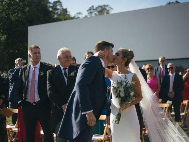 La boda de Jorge y Lara en Raxó (Poio), Pontevedra 74