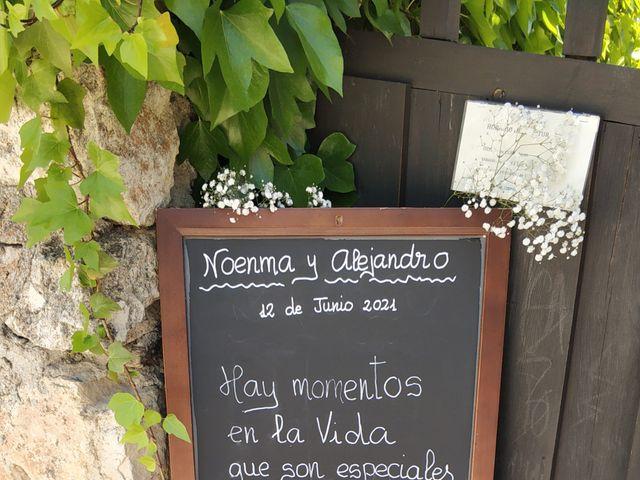 La boda de Noenma y Alejandro en Pinilla Del Valle, Madrid 4