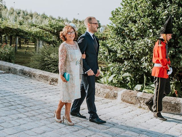 La boda de Iván y María en Vilanova De Arousa, Pontevedra 28