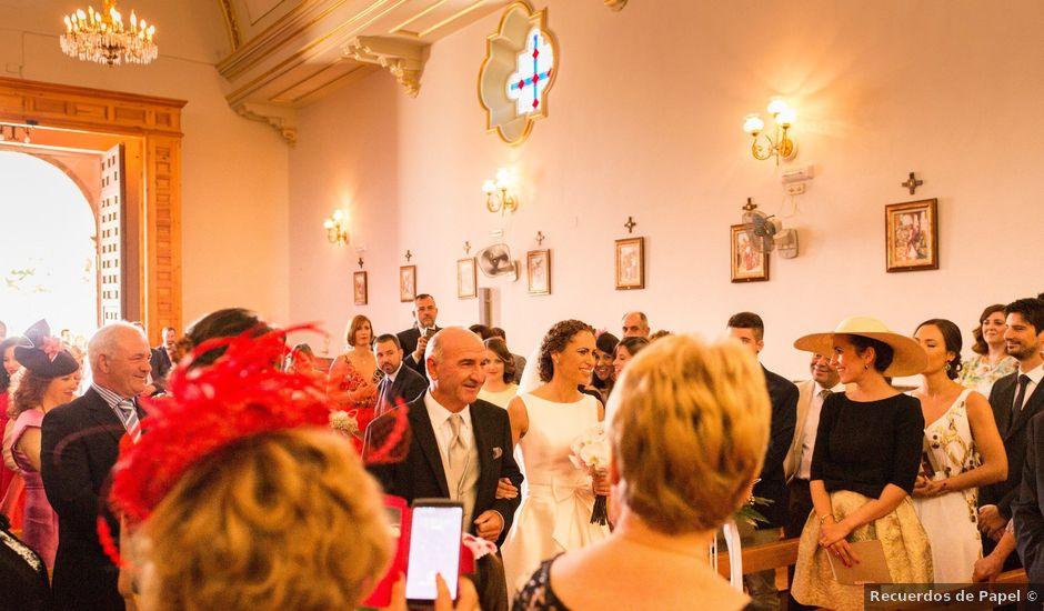 La boda de Angel y Loreto en Belmonte, Cuenca