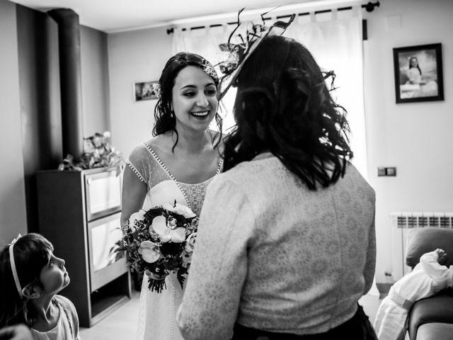 La boda de Jesús y Laura en Les Coves De Vinromà, Castellón 9