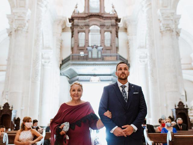 La boda de Daniel y Arantxa en Alcala De Guadaira, Sevilla 15