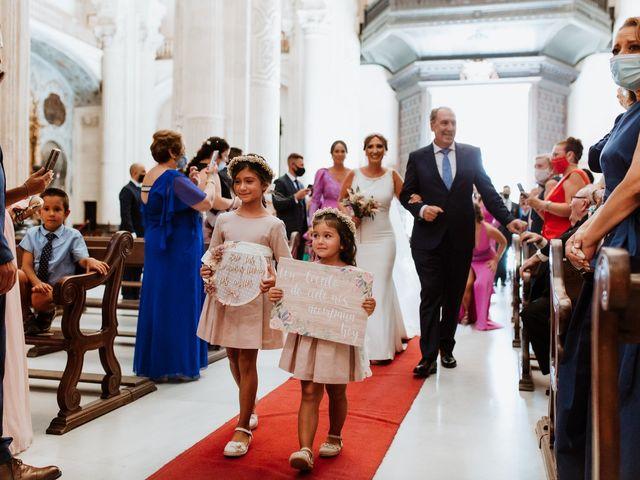La boda de Daniel y Arantxa en Alcala De Guadaira, Sevilla 38
