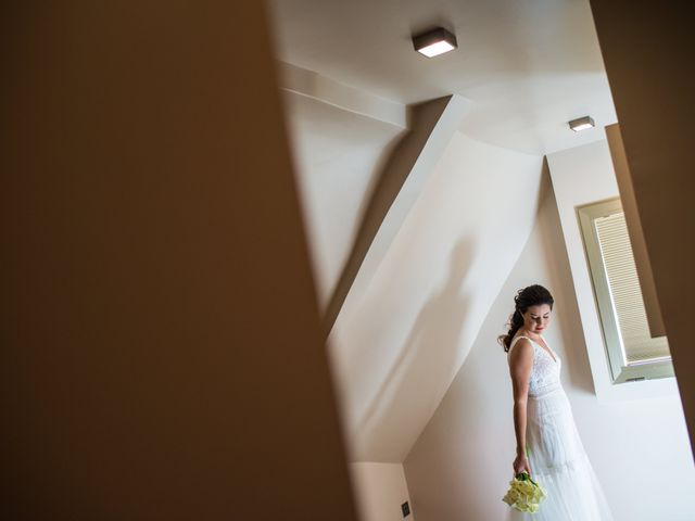 La boda de Adrian y Cristina en Miraflores De La Sierra, Madrid 14