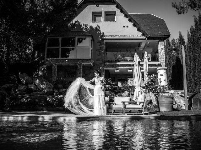 La boda de Adrian y Cristina en Miraflores De La Sierra, Madrid 17