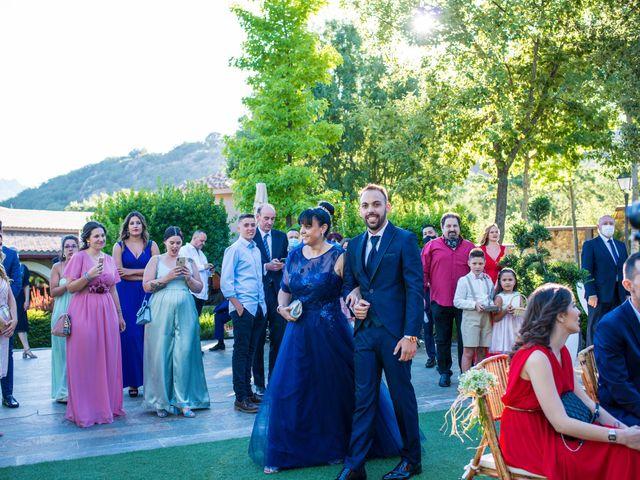 La boda de Adrian y Cristina en Miraflores De La Sierra, Madrid 18