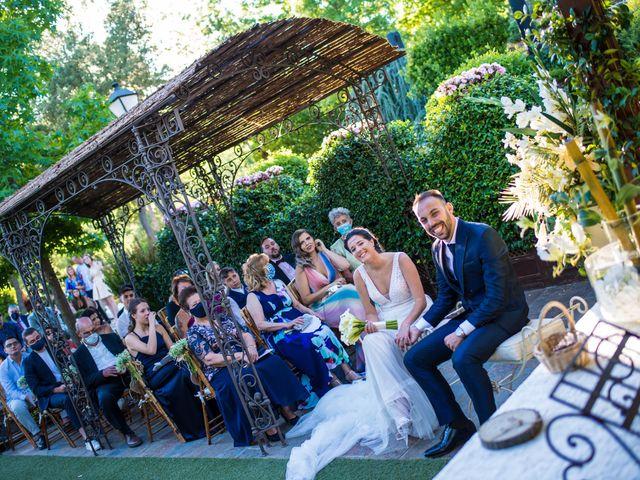 La boda de Adrian y Cristina en Miraflores De La Sierra, Madrid 21
