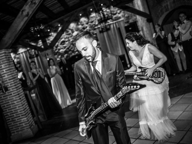 La boda de Adrian y Cristina en Miraflores De La Sierra, Madrid 33