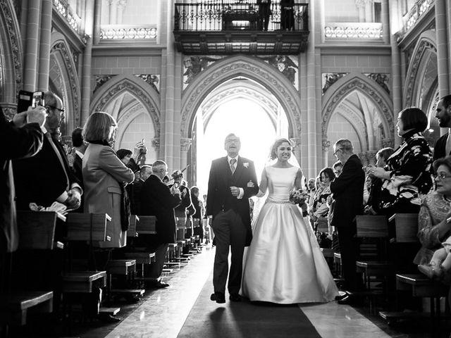 La boda de Ignacio y Isabel en Fuengirola, Málaga 17