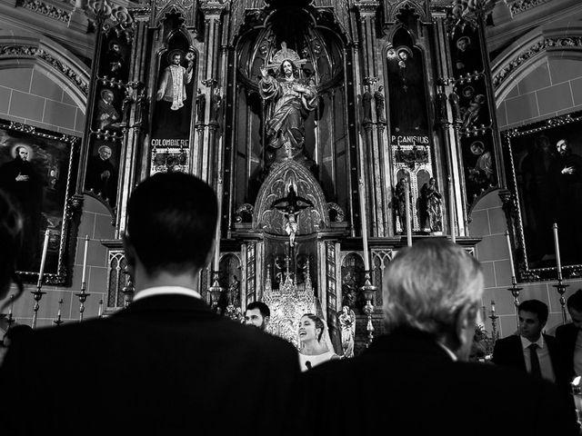 La boda de Ignacio y Isabel en Fuengirola, Málaga 33