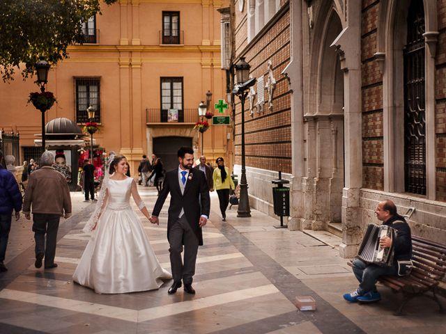 La boda de Ignacio y Isabel en Fuengirola, Málaga 43