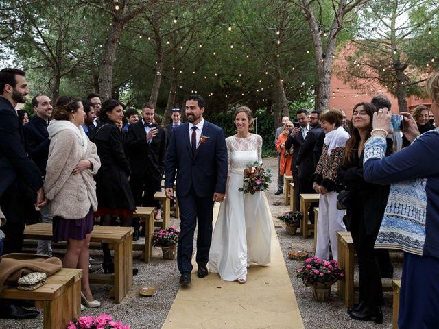 La boda de Santi y Aina en Sant Cugat Sesgarrigues, Barcelona 38