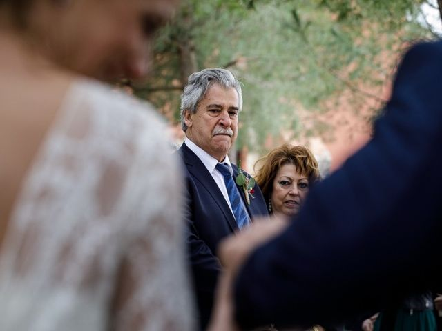 La boda de Santi y Aina en Sant Cugat Sesgarrigues, Barcelona 39
