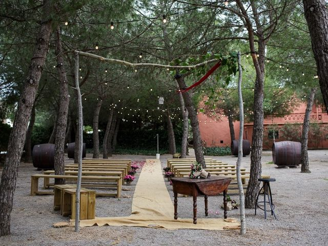 La boda de Santi y Aina en Sant Cugat Sesgarrigues, Barcelona 52