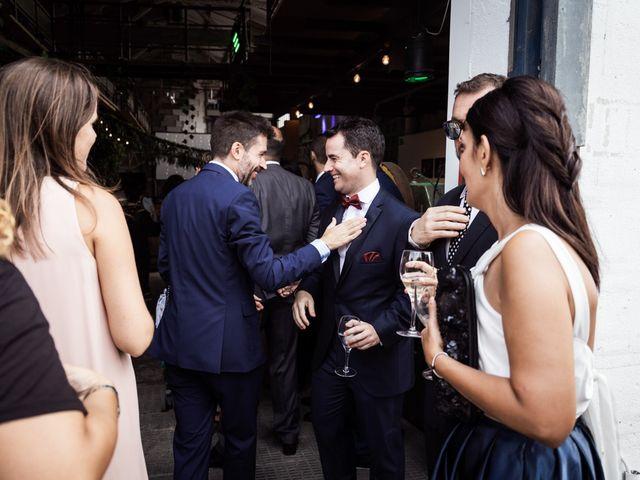 La boda de Cristian y Paula en Barcelona, Barcelona 4