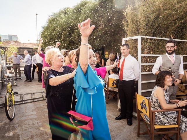 La boda de Cristian y Paula en Barcelona, Barcelona 69