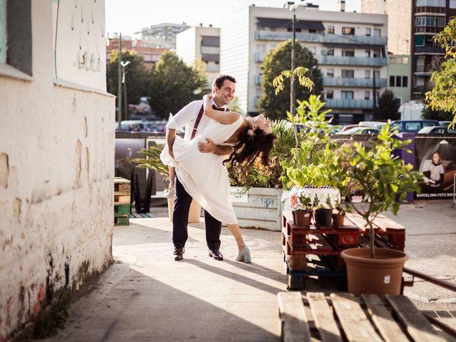 La boda de Cristian y Paula en Barcelona, Barcelona 93