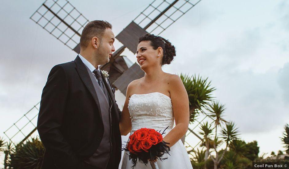 La boda de Moisés y Stefy en La Matilla, Las Palmas