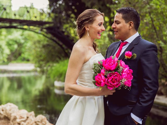 La boda de Luis y Victoria en Alcalá De Henares, Madrid 1