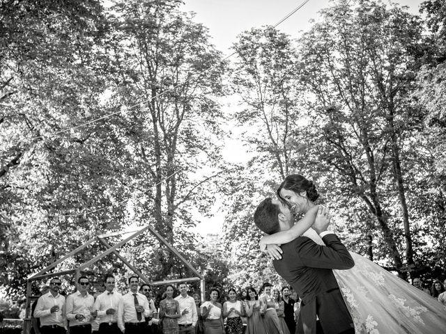 La boda de Raúl y Miriam en Santa Gadea Del Cid, Burgos 45